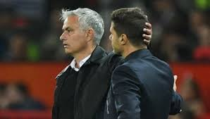 pochettino-and-mourinho1636223637.jpg